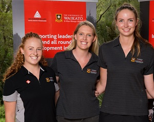 Samantha Sinclair (left) and Kelly Jury (right), pictured with fellow Hillary scholar, are playing in the Fast5 World Netball Series in Melbourne this month.