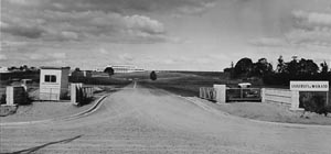 Uow Campus gateway in 1970